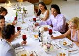 Noleggio attrezzature catering per cene tra amici