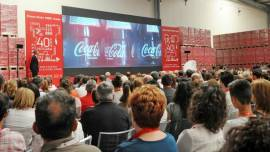 All'anniversario di Coca Cola