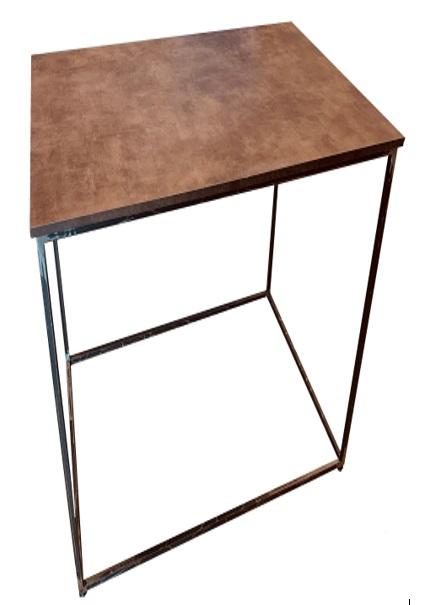 Noleggio Mangia In Piedi Iron Metallo Nero Anticato con Piano Copper